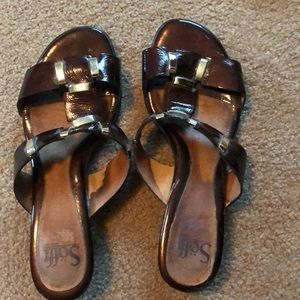 Sofft Brown and gold slides
